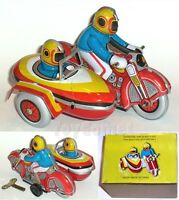 MS281 Motorcycle Side Car Retro Clockwork Wind Up Tin Toy w/Box