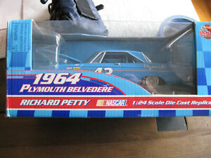 1964 Richard Petty 1:24 Plymouth Belvedere Racing Champions