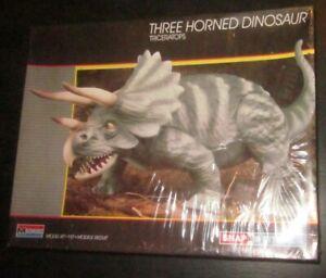 Vintage Monogram Dinosaur Model Kit #6074 Triceratops  Snap Tite 1987