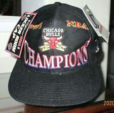 VINTAGE YET NEW BLACK LOGO CAP FOR 1997 CHAMPS, THE BULLS.... ALSO CAP COMMEMORA
