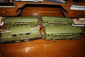 Antique Standard Gauge IVES 3242R NYC ENGINE w/ 184 185 186 Cars No Reserve