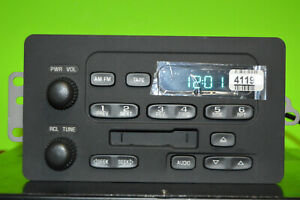 Chevy Express GMC Savana factory Cassette player radio 01 02 03 04 05 15074531