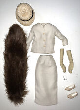 New ListingIntegrity Toys Fashion Royalty Poppy Parker Funny Face Beige Suit With Mink Nr