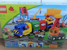LEGO Duplo Güterzug mit Motor Eisenbahn Lok Waggon Bahnhof Ladekran OVP (3772)