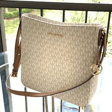 NWT MICHAEL KORS MK LOGO PVC JET SET TRAVEL LG MESSENGER BAG IN VANILLA/ACORN