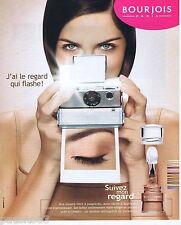 PUBLICITE ADVERTISING 075  2003  BOURJOIS maquillage poudre SUIVEZ MON REGARD