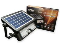 Outdoor Luminaire with Solar Panel Floodlight 500LM 4000K Daylight LED line®