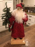 """Lynn Haney Large 18"""" Santa with Christmas Tree Style# 1622 2002 Excellent Signed"""