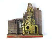 Berlín K. W. Iglesia 3D Madera Recuerdo Deluxe Imán, Germany Alemania, Nuevo