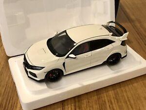 AUTOart 1:18 Honda Civic Type R (FK8) Championship White 73266 Model Car