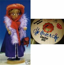Steinbach ES1680 RED HAT MAMA NUTCRACKER Hand Signed BY Herr Christian 2005 MIB