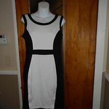 SALE ViNTAGE SIZE 8 Black white green blue shift dresses holiday retro classic