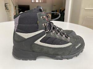 Raichle Walking Boots Size 9