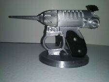 3D Printed Men in Black Noisy Cricket MiB Prop Gun Cosplay With Display Stand