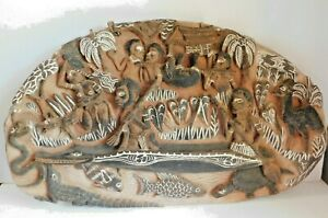 Vintage Sepik River Tribal Art Story Board Hand Carved 1965 - 1990