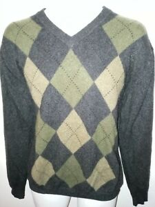 Davis & Squire - 100% 2 Ply Cashmere V-Neck Sweater - Size: Large