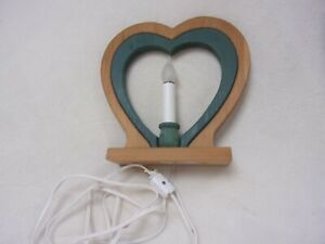Country Primitive Electric Wood Heart Lamp