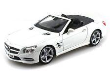MAISTO 1:18 SPECIAL EDITION 2012 MERCEDES-BENZ SL 500 CONVERTIBLE WHITE