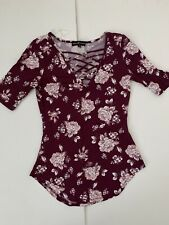 Almost Famous Woman's Floral Top M