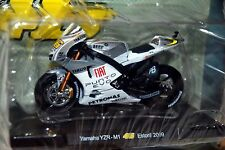ROSSI COLLECTION Yamaha YZR-M1 2009 1:18