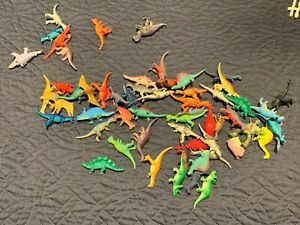 """mix lot of plastic dinosaurs about 2"""" each great fun lot"""
