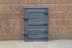 24.5 x 35 cm cast iron fire door clay / bread oven door / pizza stove doors