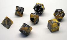 Dungeons & Dragons Fantasy 16mm 7 Piece Dice Set: Gemini Black/Gold  26451
