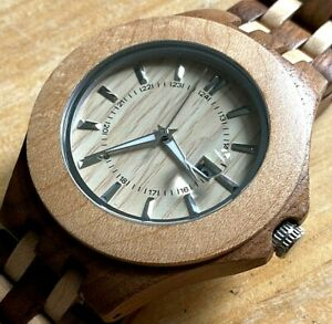 Nice Military Dila Mens Solid Wood Analog Quartz Watch Hours~Date~New Battery