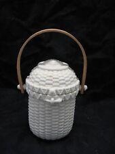 PartyLite Ivory Bisque Porcelain Nantucket Basket has Shell Design on Top