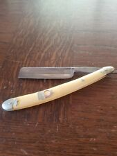 Real red point straight razor by kinfolks