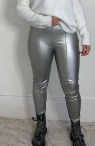 Pantalon legging slim simili cuir argenté ciré argent à zip moulant gris