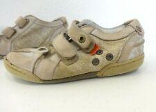 chaussures KICKERS taille 27 baskets beige patiné gris pointure garcon été