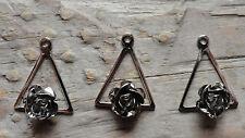 Pendant Triangle Rose Rhodium Silver Plated Petals 2-3mm (pkg 3) 0472