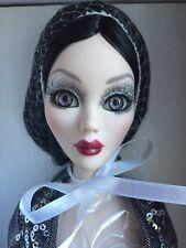 Tonner Wilde Imagination EVANGELINE GHASTLY CRYSTAL BALL EVENINGS Doll NRFB LE