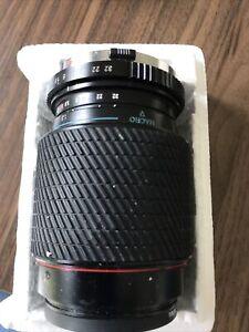 Tokina AF 70-210mm f/4.0-5.6 MF Lens with Box
