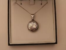 """SILVER LOCKET AND 18"""" CHAIN"""