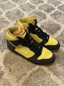 Mens 9.5 NIke Dunk High Homer Simpson Yellow and Navy Shoes 317982-772