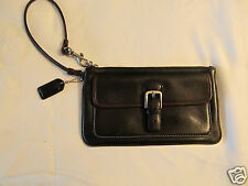COACH BLACK LEATHER WRISTLET WITH OUTSIDE BUCKLE POCKET