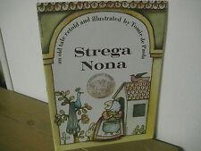 Strega Nona/ Caldecott/ Tomie de Paola/ paperback/ 1975/ scholastic