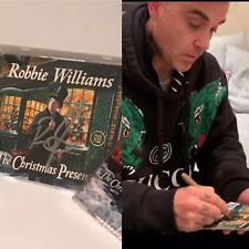 Robbie Williams - The Christmas Present - CD Signed - 2 Discs - 2 Tapes-ltd Edt