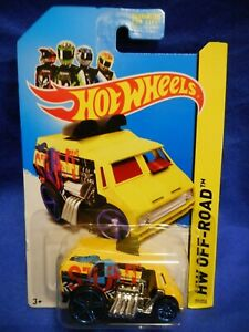 2013 HOT WHEELS 2013 #77/250 COOL ONE  HOTWHEELS YELLOW