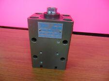 Vega Srl Intelligent Hydraulic Cylinder Plastic Injection Molding Machine Ram
