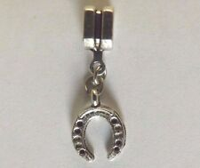 pendentif argenté porte bonheur fer à cheval 15x11 mm