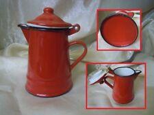 Antica Piccola Caffettiera rossa in metallo