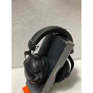 Beyerdynamic DT770 Pro Headphones Black Limited Edition - B STOCK-1