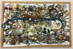 Lot BIJOUX FANTAISIES DIVERS collier bracelet perle accessoire collection Y30