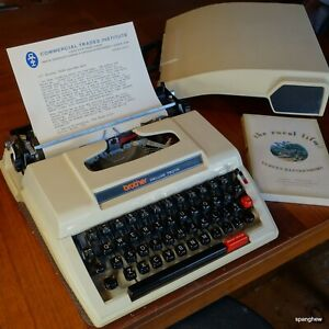 1971 Brother Deluxe 750TR ultraportable typewriter. New ribbon. Works perfectly.