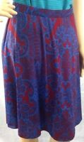 Gilli womens skirt blue/dark red pattern stretch knit lined size M Stitch Fix