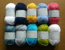 10 X 25g Balls of The Art of Knitting Wool/Yarn (18 Different Colour Sets) New