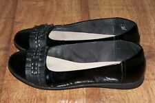 CLARKS SIZE UK 7 , EUR 41 PATENT LEATHER PUMPS NEARLY NEW *